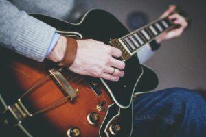 Best online blues guitar lessons